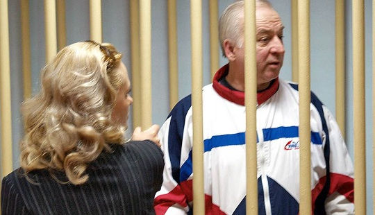Anh - Nga lại sôi sục xung quanh vụ đầu độc cựu điệp viên Sergei Skripal