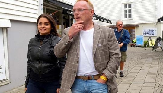 Bộ trưởng Thủy sản Na Uy mất chức vì đi du lịch với bạn gái hoa hậu