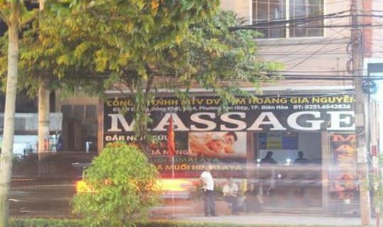 Thợ sửa chữa điện bị điện giật tử vong trong tiệm massage