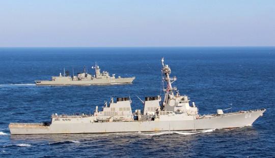 Mỹ tập kết 200 tên lửa Tomahawks bủa vây Syria chờ tấn công