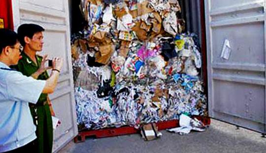 Thủ tướng: Tái xuất các lô hàng lợi dụng nhập khẩu phế liệu đưa chất thải vào Việt Nam