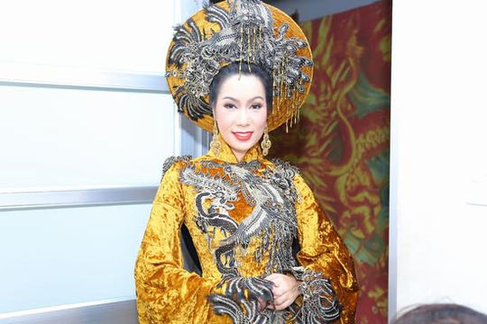 Trịnh Kim Chi long trọng tổ chức giỗ Tổ sân khấu