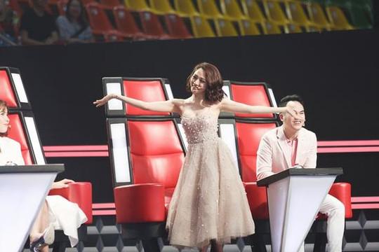 Giọng hát Việt nhí 2018: Cười ra nước mắt