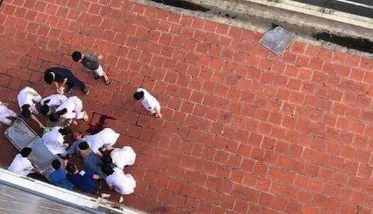 Hà Nội: Người đàn ông lao từ tầng 6 bệnh viện xuống đất tử vong