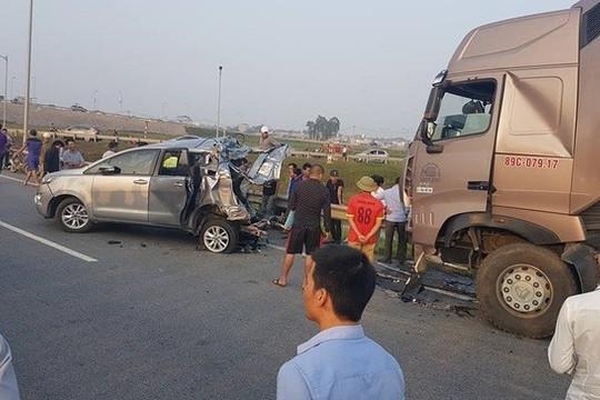Vụ xe container đâm xe Innova trên đường cao tốc (Bài 2): Bản án phúc thẩm tuyên phạt bị cáo Lê Ngọc Hoàng là có căn cứ