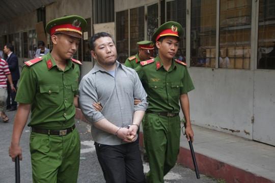 Trốn truy nã vì quấy rối tình dục ở Hàn Quốc, sang Việt Nam giết người