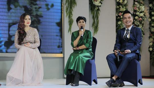 """Diễn viên Minh Hằng gây chú ý tại sự kiện """"Giúp quý cô tự tin và kiêu hãnh"""""""