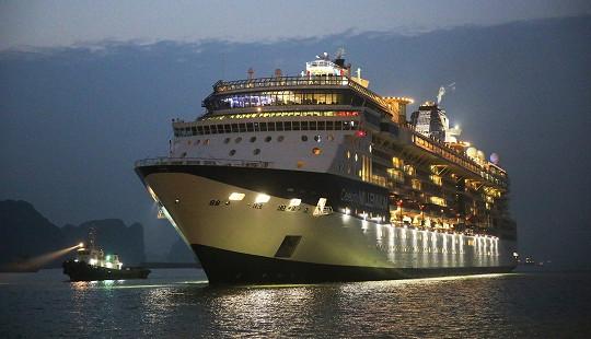 Cảng tàu khách quốc tế Hạ Long đón tàu 5 sao đầu tiên