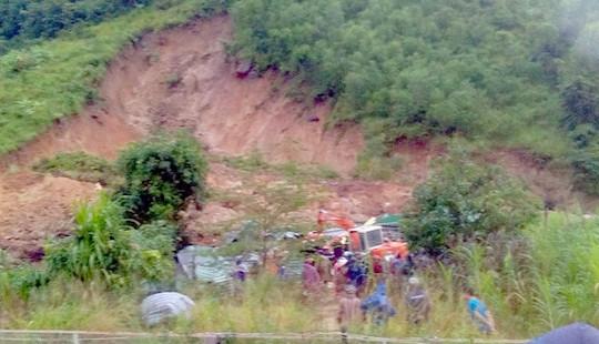 Chủ động ứng phó với diễn biến của mưa lũ và sạt lở đất