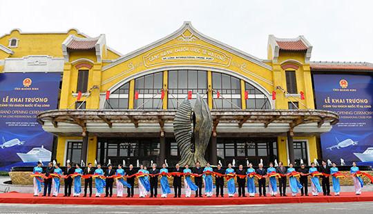 Thủ tướng dự khai trương, thông tuyến 3 công trình trị giá 20 nghìn tỷ đồng tại Quảng Ninh