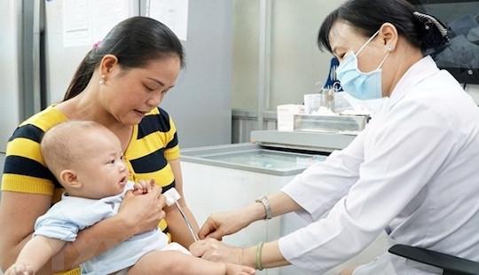 30 trẻ nhập viện sau khi tiêm vắc xin ComBE Five