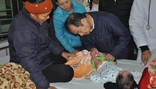 Hà Nội: 10 trẻ nhập viện sau khi tiêm vắc xin ComBE Five