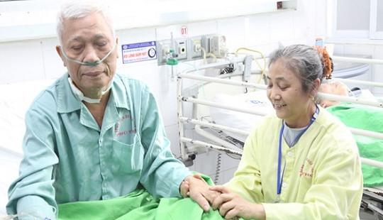 Cụ ông tim ngừng đập 80 phút được cứu sống ngoạn mục