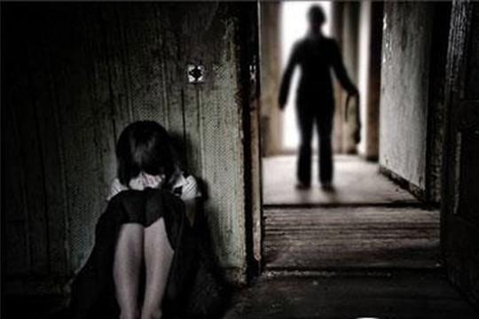 Nam thanh niên hiếp dâm bé gái 9 tuổi