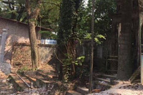 Truy bắt đối tượng trộm gỗ sưa, 4 người có nguy cơ nhiễm HIV
