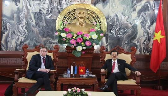 Phó Chánh án TANDTC Lê Hồng Quang tiếp Thứ trưởng Ngoại giao Estonia - Andres Rundu