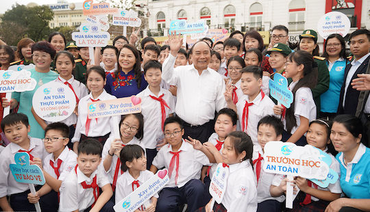 Thủ tướng đề nghị chung tay bảo vệ an toàn cho phụ nữ và trẻ em