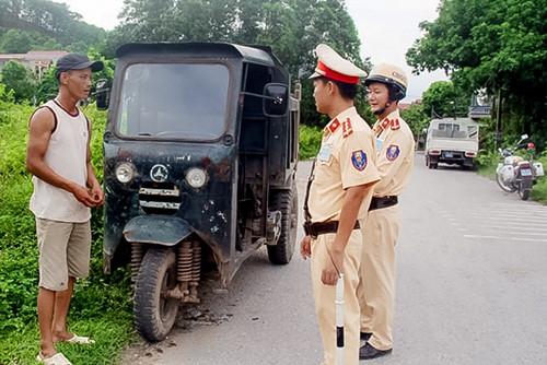 Tăng cường đảm bảo an toàn giao thông nông thôn