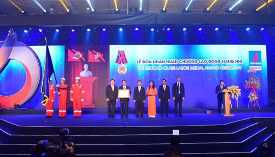 Công ty Điều hành Dầu khí Biển Đông đón nhận Huân chương Lao động hạng Nhì
