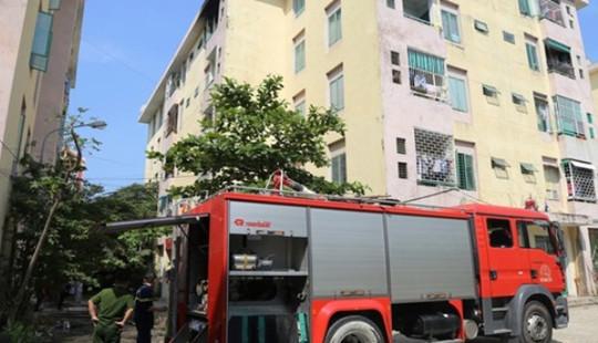 Hỏa hoạn tại chung cư 5 tầng, hàng trăm người dân hốt hoảng bỏ chạy