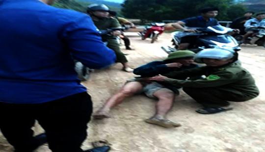 Hà Tĩnh: Nhóm đối tượng đi ô tô nổ súng vào người dân