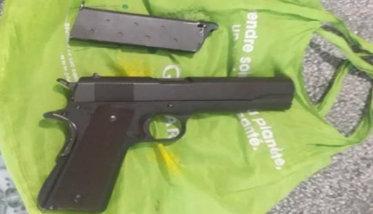 Điều tra đối tượng cho vay tiền, tàng trữ súng