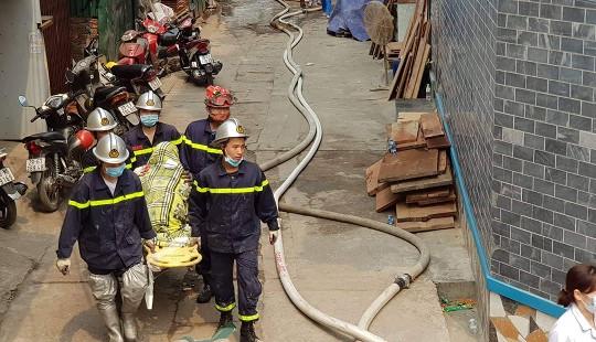 Lên thăm người thân, 3 mẹ con tử vong trong vụ cháy kho xưởng ở Trung Văn