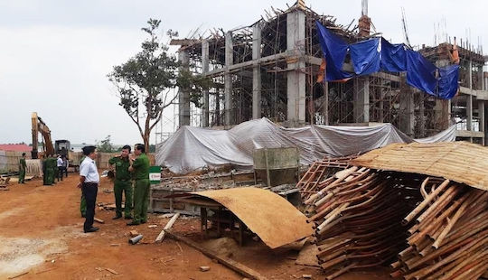 Sập công trình Trung tâm dịch vụ việc làm tỉnh Đắk Lắk, 8 người bị thương