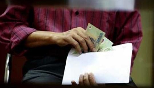 1 cán bộ Thanh tra tỉnh Thanh Hóa bị bắt vì nhận tiền hối lộ