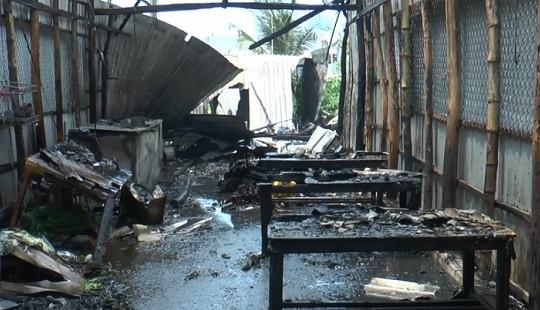 5 căn nhà dân bốc cháy sau tiếng nổ lớn