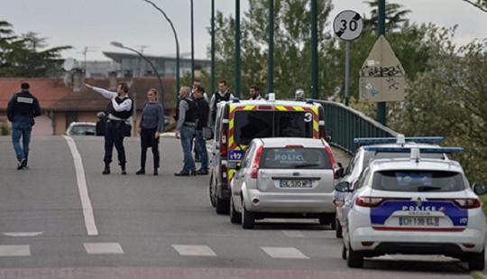 Pháp: Rúng động vụ bắt cóc 5 con tin tại Blagnac