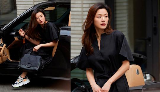 """Nhan sắc không """"góc chết"""" của Jeon Ji Hyun qua ống kính paparazzi"""