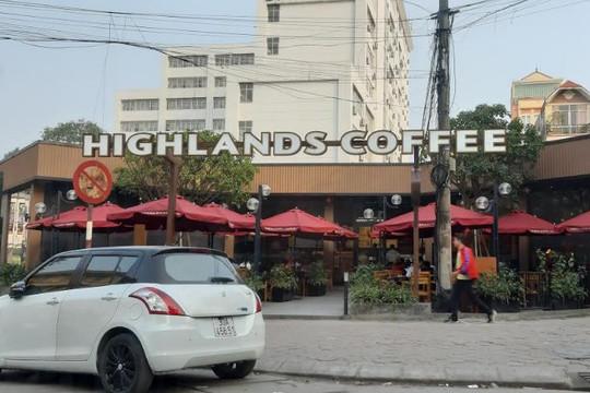 """Hà Nội: Phường """"ủng hộ"""" Highlands Coffee kinh doanh trên đất Đại học Bách Khoa?"""