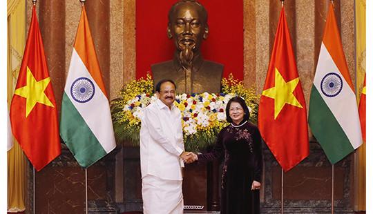 Phó Chủ tịch nước Đặng Thị Ngọc Thịnh đón và hội đàm với Phó Tổng thống Ấn Độ