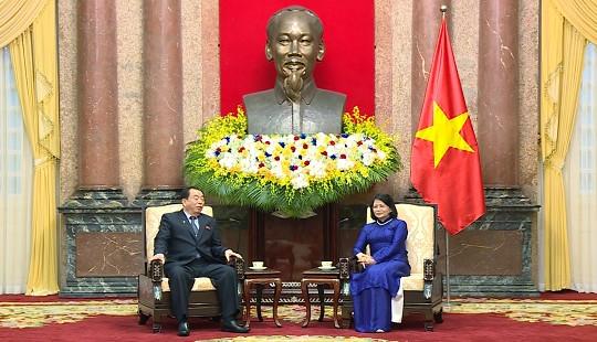 Phó Chủ tịch nước tiếp Đoàn đại biểu cấp cao Tòa án Trung ương Triều Tiên