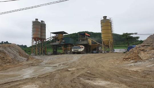 Nghệ An: Trạm trộn bê tông trái phép trên đất nông nghiệp, chính quyền bảo kê hay bất lực?