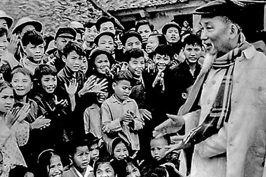 Tấm gương đạo đức Hồ Chí Minh
