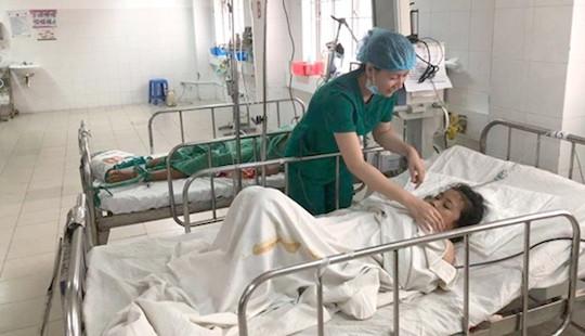 Xuất huyết nguy kịch, cô gái Campuchia được các bác sĩ Việt cứu sống