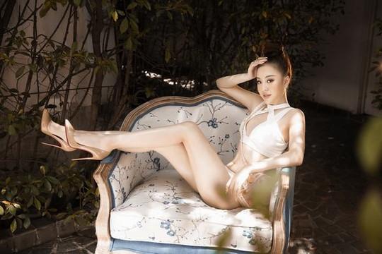 Hoàng Hải Thu sexy nghẹt thở với bikini tại Miss World Việt Nam