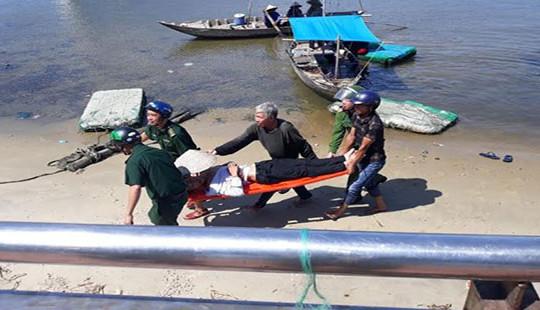 Cứu kịp thời nam thanh niên nhảy sông Hàn tự tử