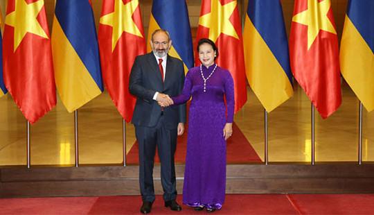 Lãnh đạo Việt Nam hội kiến, hội đàm với Thủ tướng Cộng hòa Armenia