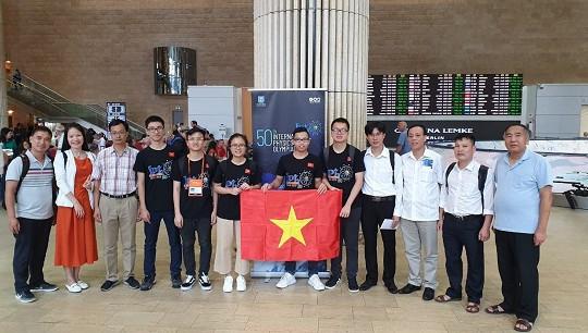 Việt Nam xếp thứ 4 tại kỳ thi Olympic Vật lí quốc tế lần thứ 50