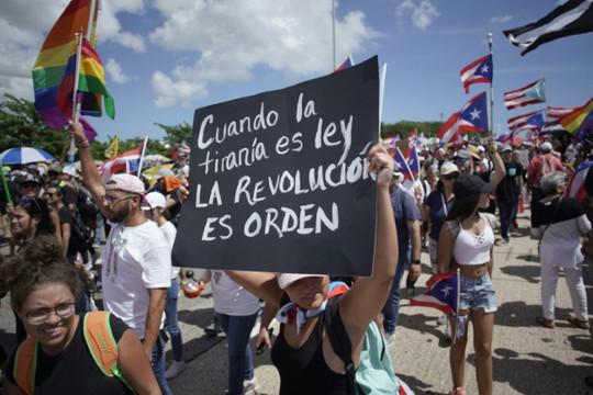 Thống đốc của Puerto Rico từ chức sau áp lực từ các cuộc biểu tình