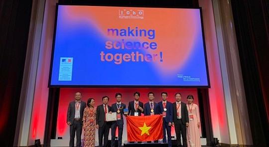 Việt Nam giành 4 huy chương vàng tại kỳ thi Olympic Hóa học quốc tế năm 2019