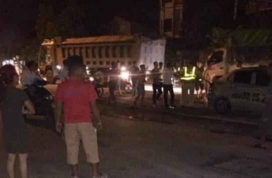 Hà Nội: Bị kiểm tra, 3 đối tượng tấn công CSGT