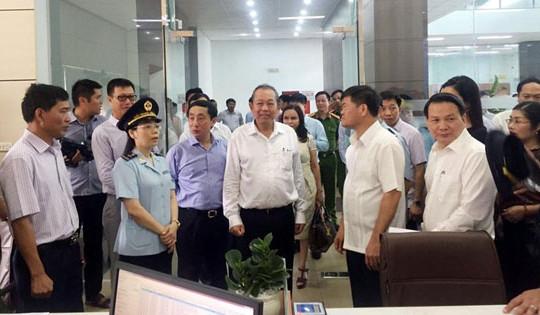 Phó Thủ tướng Thường trực Chính phủ Trương Hòa Bình làm việc với tỉnh Quảng Ninh