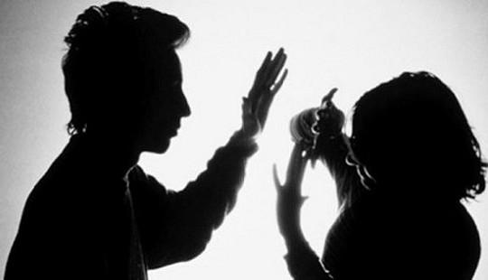 Bạo lực gia đình: Xã hội cần lên án và xóa bỏ