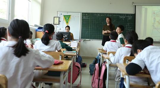 Khoảng 400.000 đến 500.000 giáo viên cần phải đào tạo lại
