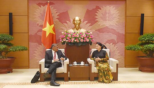 Chủ tịch Quốc hội Nguyễn Thị Kim Ngân tiếp Chánh án Tòa án Tối cao Singapore