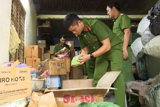 Đà Nẵng: Phát hiện kho chứa dược liệu hết hạn